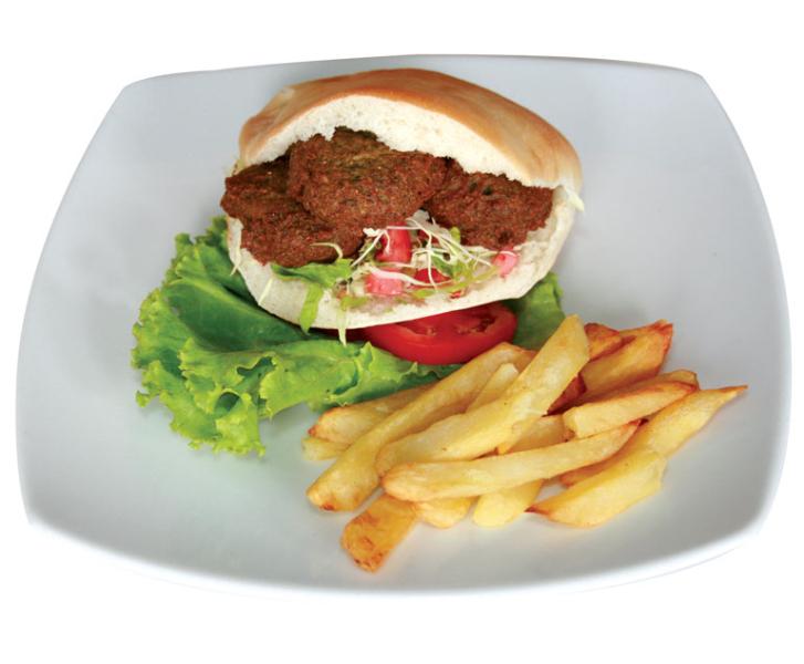 17_shoshana-restaurant-falafel-in-pita_1