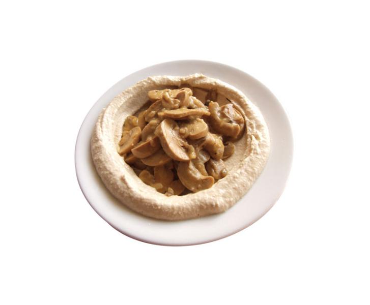 4_shoshana-restaurant-humus-with-mushroom
